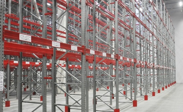 Cреднегрузовые полочные стеллажи для склада